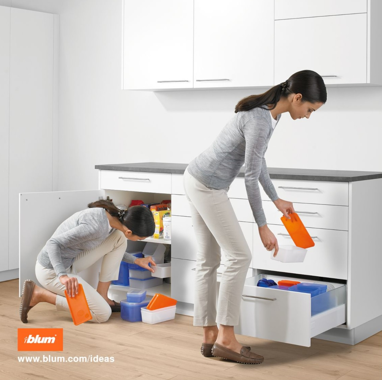 Tip On Blumotion Pull Outs Drawers Kitchen Cabinets